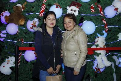 Ale y Luz Maria Avalos.