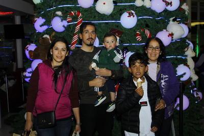 Familia  Rosales Méndez.