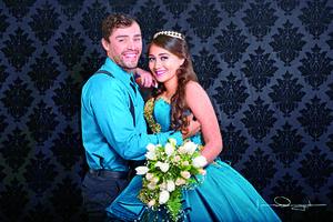 24122017 Randy Fernando Reyes Arguijo y su hermana, Blanca Guadalupe.