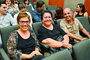 25122017 CONTENTOS.  Carmen, Graciela y Rafael.