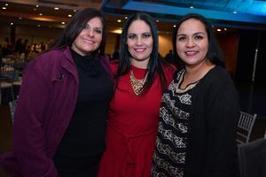 25122017 EN UNA FIESTA.  Claudia, Claudia y Sonia.