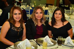 25122017 Erika, Rosa y Luz María.
