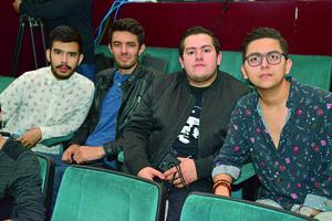 24122017 EN EL TEATRO.  Alan, Roberto, Rafael y Alejandro.