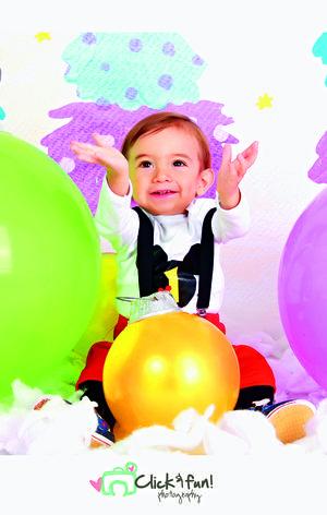 24122017 Alan Fernando Gaytán Barraza festejó su primer año de vida en compañía de sus padres, Yazmín Barraza Luján y Fernando Gaytán Medina.-  Click & fun photography