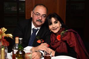 24122017 Jorge Armando y Sandra Reyes.