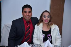24122017 EN PAREJA.  Héctor y Emma.