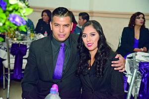 24122017 Jesús Ernesto López y Karla Fabiola Romo.