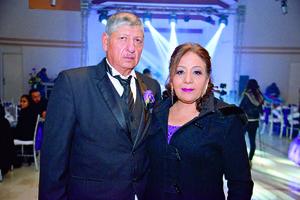 24122017 Padres del novio, Miguel Pantoja y María del Carmen Pérez.