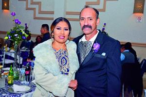 24122017 Padres de la novia, Rosa María Trejo y Felipe de Jesús Romo.
