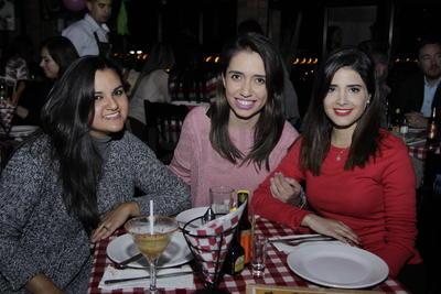 Mariana, Fabiola y Nuria.