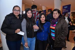 27122017 FESTIVAL NAVIDEñO.  Elizabeth, Karla, Gaby e Irma.