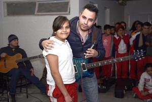27122017 Paola Martínez y Eder Olivas Tovar.