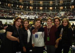 Nayma, Mayra, Marcela, Martha, María de los Ángeles y Angie