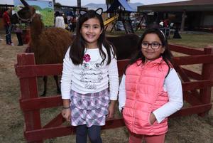 Isabela y Adriana