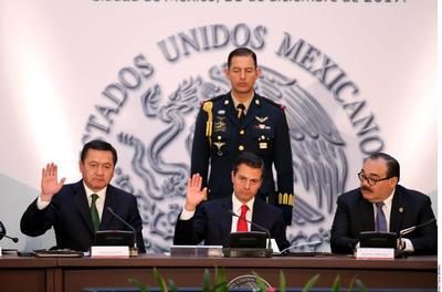 21 de diciembre. Ley | El presidente Enrique Peña Nieto promulgó la Ley de Seguridad Interior para que la Suprema Corte de Justicia de la Nación (SCJN) decida sobre su constitucionalidad.