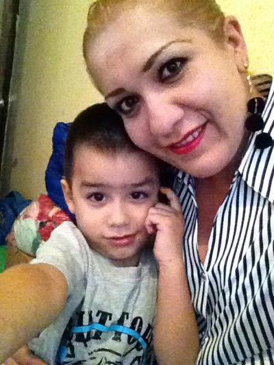 28122017 Ale con su hijo, Paco.