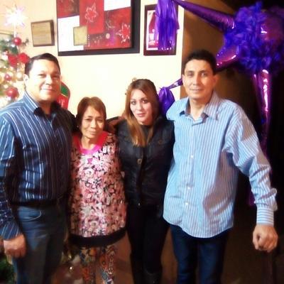 28122017 Familia Quiñones.