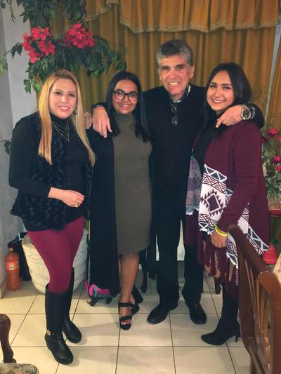 28122017 Lucy, Mary Fer, Fernando y Sofy.