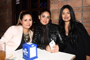 28122017 Laura, Paty y Pamela.