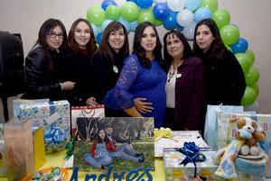 28122017 FIESTA DE CANASTILLA.  Claudia Verónica Valenzuela Rodríguez fue agasajada con un baby shower por parte de Gabriela Rodríguez Sánchez, Verónica Rodríguez Barrón, Pamela y Daniela Ruiz e Isela Valenzuela.