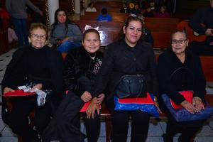 28122017 María Teresa, Nina, Verónica y Guillermina.