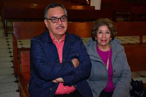 28122017 Julio y Reyna.