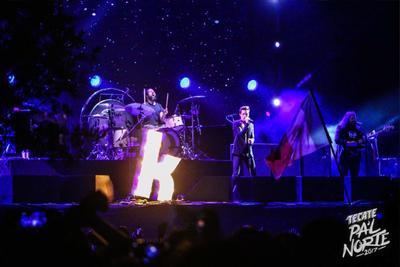 01 de abril. Pal' Norte   El Festival Pal' Norte cerró con 170 mil almas coreando a The Killers.