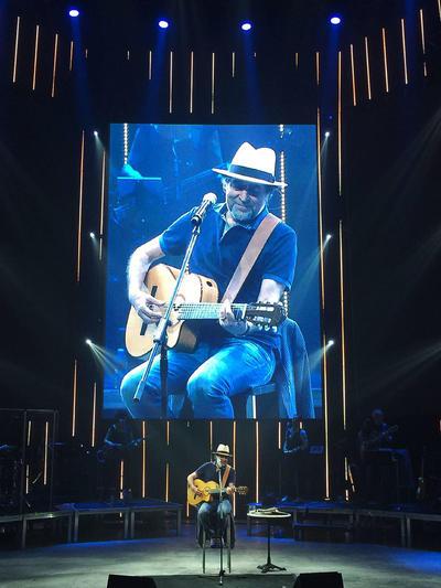 """25 de mayo. Joaquín Sabina   Con su gira """"Lo niego todo"""" se presentó en Puebla de Zaragoza."""