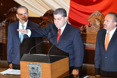 01 de diciembre. Protesta | El Lagunero Miguel Ángel Riquelme Solís toma posesión como nuevo gobernador de Coahuila.