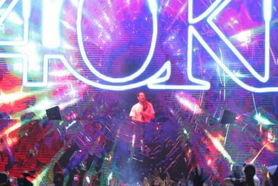 30 de marzo. Steve Aoki  | El DJ presentó su Neon Future Tour en el Coliseo Centenario.
