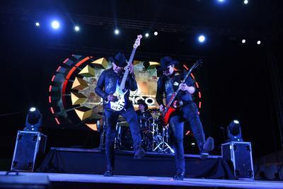 24 de junio. Bronco | La agrupación revivió sus mayores éxitos para hacer bailar a sus fieles seguidores.