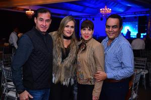 29122017 Alberto, Pilar, Tina y Jorge.
