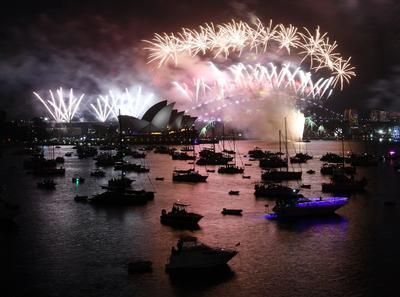 Australia fue uno de los primeros en recibir el nuevo calendario, con un espectacular evento en Sídney.