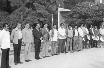Autoridades municipales en el saludo a la bandera en el Ejido Florida de Fco. I. Madero, Coahuila.