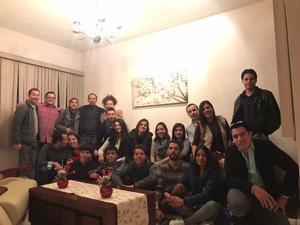 31122017 GRATOS MOMENTOS.  Los primos de la Familia Flores Rodríguez y sus parejas en alegre posada.