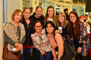 31122017 Marlies, Mariana, Paty, Mariana, Lety, Mirna, Flor y Brenda.