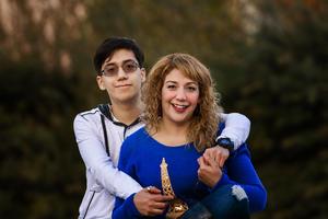 31122017 DE VISITA EN LA LAGUNA.  Rocío Rodríguez con su hijo, Luis, procedentes de Dodge City, Kansas.