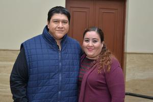 31122017 CONTENTOS.  José y Karla.