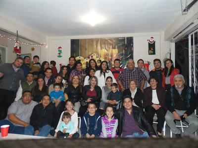 04012018 EN FAMILIA.  Tradicional festejo para recibir el Año Nuevo.