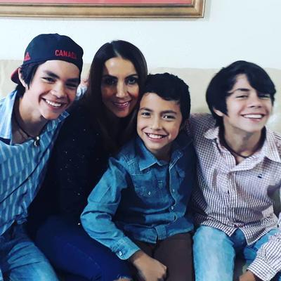 04012018 DE VISITA EN LA CIUDAD.  Diego, Marisol, Bernardo y Rafael.
