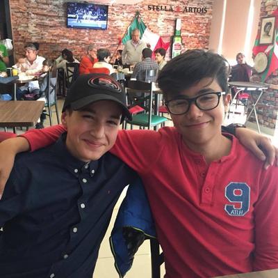 04012018 PRIMOS.  Neto y Santi.