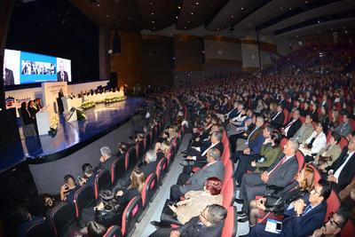 Durante su discurso inicial, el Zermeño agradeció el voto de la ciudadanía, por lo que señaló que será una administración inclusiva, donde comentó que trabajará con el gobernador Miguel Ángel Riquelme en pro de Torreón.