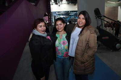 Karen, Diana y Loreli.