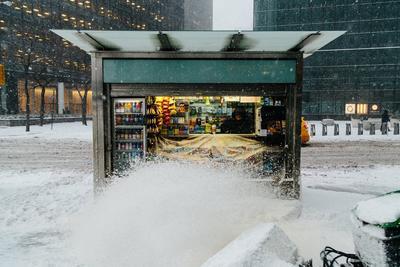 El país se ve afectado por una tormenta invernal.