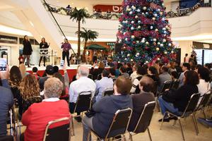 04012018 Los asistentes disfrutaron un gran espectáculo.