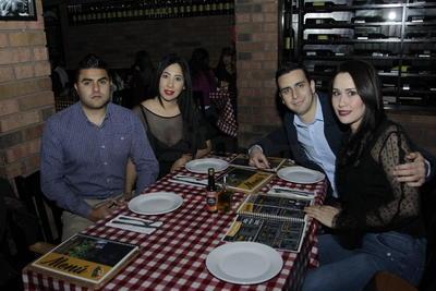 Daniel,Teresa, Gabriel y Salma.