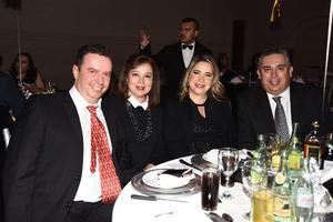 05012018 Alberto, Laura, Gaby y Ramón.