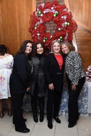 07012018 EN RECIENTE EVENTO SOCIAL.  Hortencia, Doris, Gerardina y Mayra.