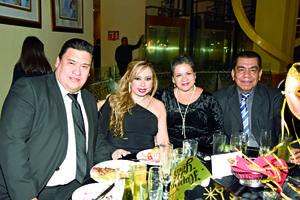 08012018 Héctor, Adriana, Martha y Arturo.