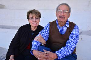 08012018 Tita Morales de Alba y Francisco Alba.